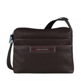 Сумка женская Piquadro AKI/Cognac наплечная с чехлом д/iPad/iPad Air (30x23,5x12) BD3292AK_MO